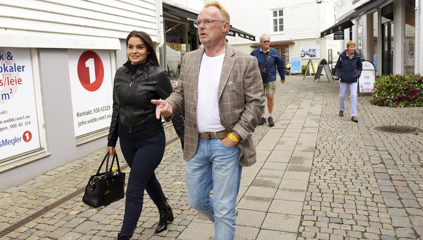 58-letni Sandberg przyznał, że udał się do Iranu ze swoją 28-letnią partnerką Bahareh Letnes (fot. PAP/EPA/ESPEN SAND)