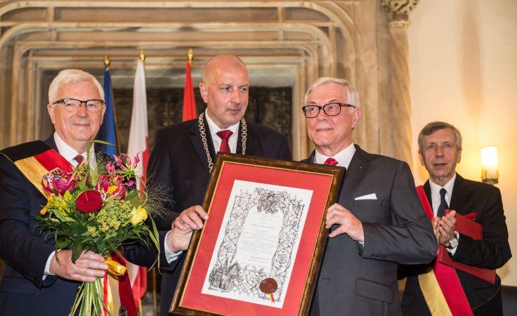 Jacek Ossowski, Rafał Dutkiewicz, Włodzimierz Jarmundowicz, Jerzy Skoczylas (fot. PAP/Maciej Kulczyński)