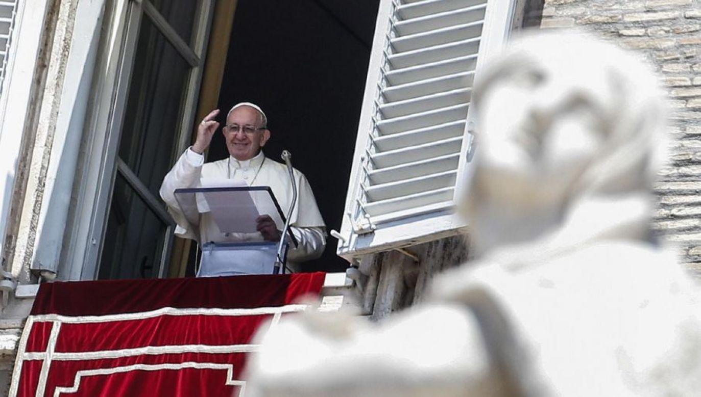 Papież Franciszek podkreślił wartość życia ludzkiego (fot. PAP/EPA/FABIO FRUSTACI)