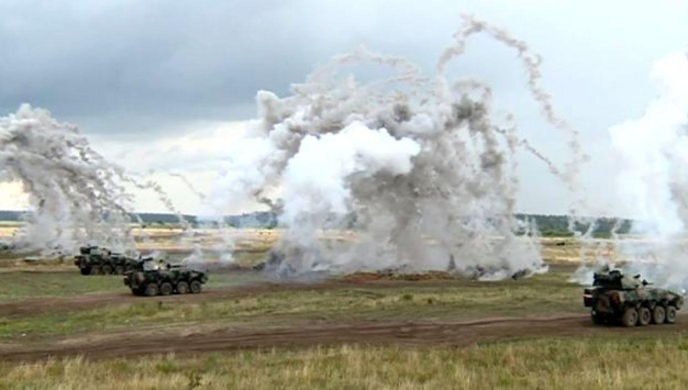 Wycofany z polskiej armii czołg T-55 cieszył oko miłośników militariów (fot. TVP3 Olsztyn)