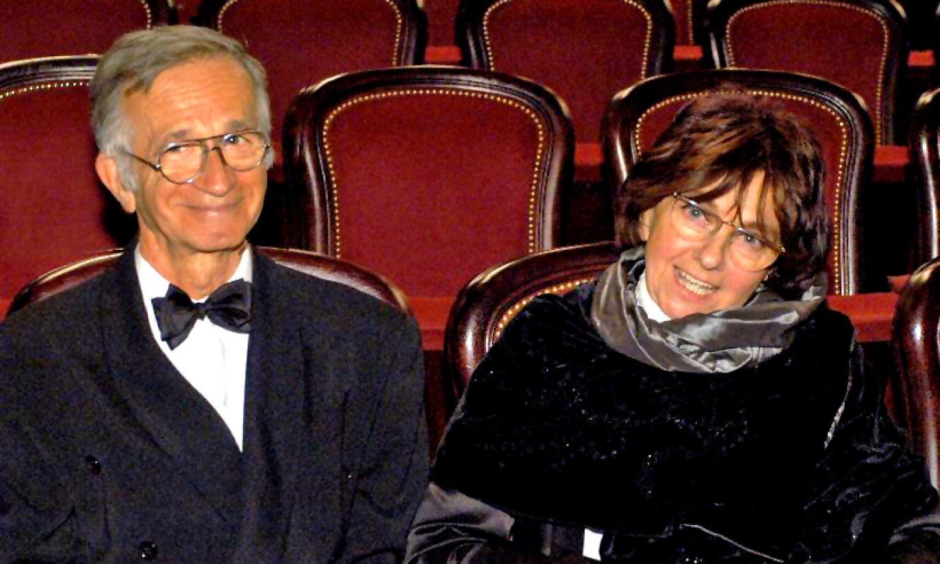 W roku 2005 Jacek Fedorowicz otrzymał Superwiktora. Na zdjęciu z żoną (fot. arch. TVP)