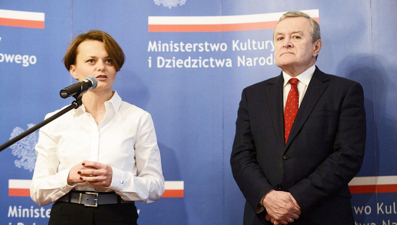 Jadwiga Emilewicz i Piotr Gliński (fot. PAP/Jakub Kamiński)