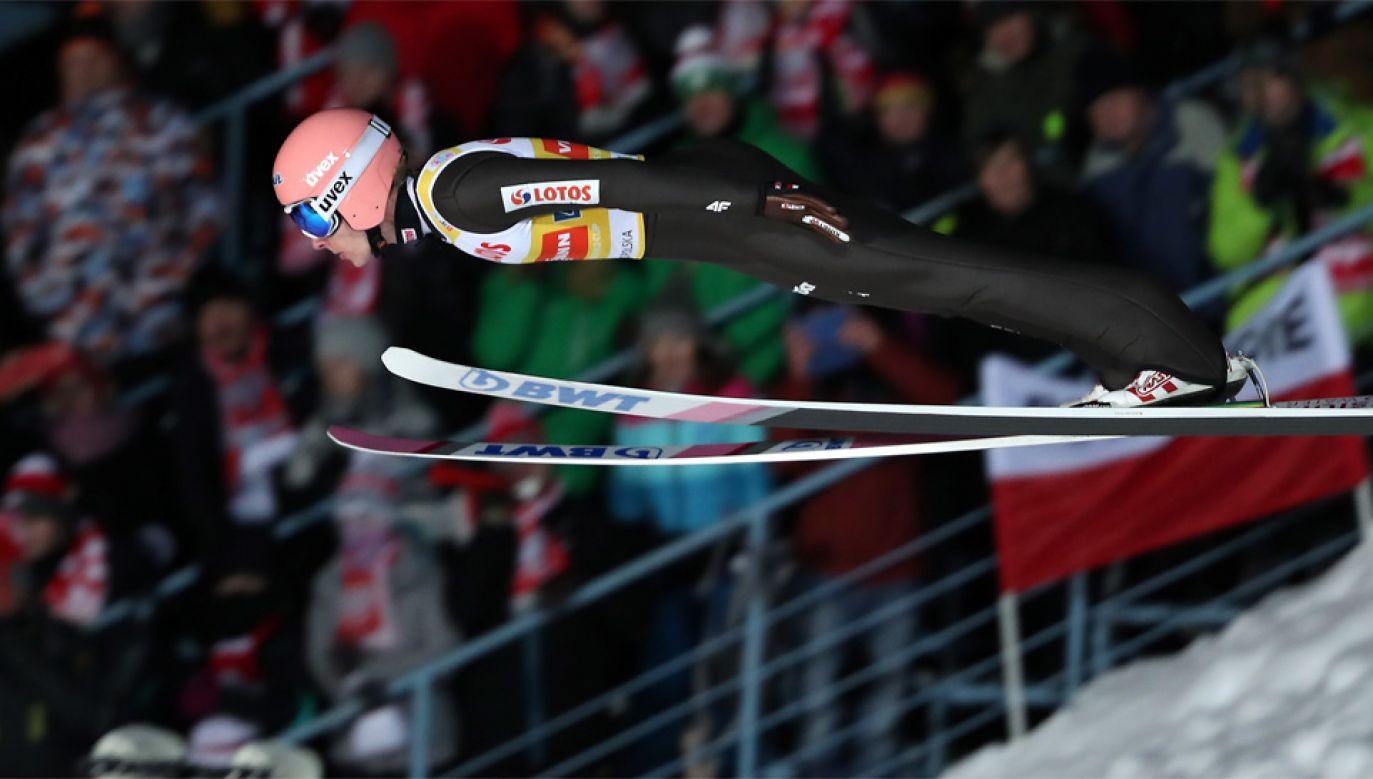 Skoki narciarskie cieszą się ogromną popularnością w Polsce (fot. PAP/Grzegorz Momot)