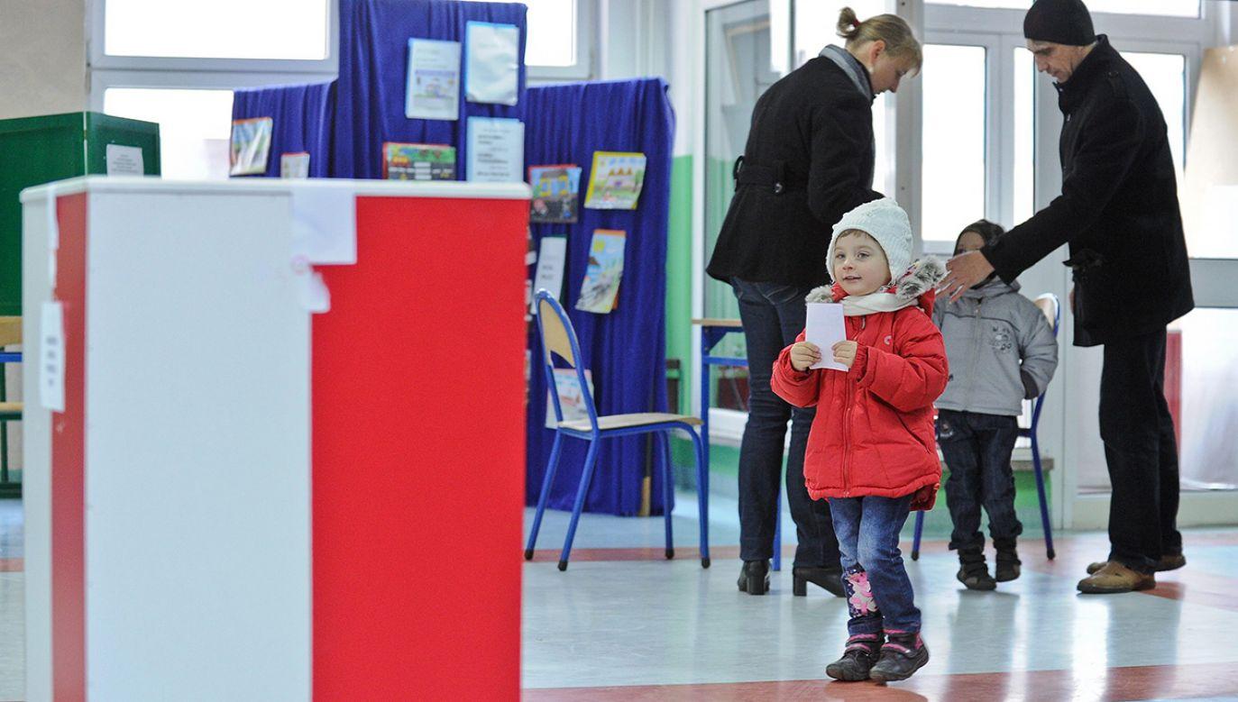 Do wyborów samorządowych pozostały dwa dni  (fot. arch. PAP/Marcin Obara)