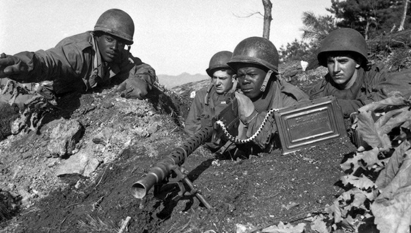 Amerykańscy żołnierze podczas wojny w Korei (fot. www.sos.wa.gov)