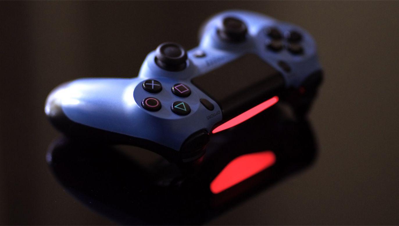 37-letni miłośnik gier został skazany na pół roku więzienia (fot. Pexels)