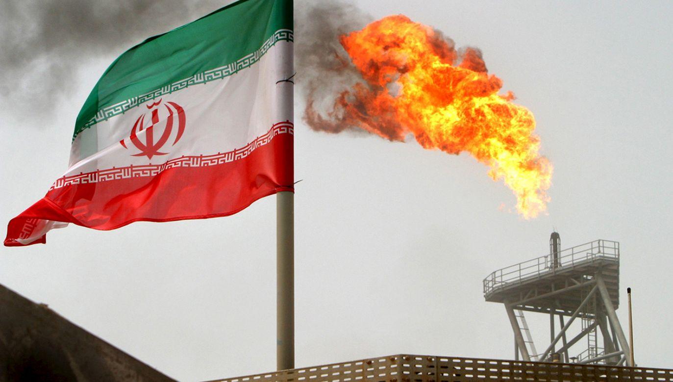 To właśnie sektor naftowy miał zostać w największym stopniu dotknięty amerykańskimi sankcjami (fot. REUTERS/Raheb Homavandi)