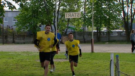 Uczniowie uczcili ofiary Zbrodni Katyńskiej biegiem na orientację