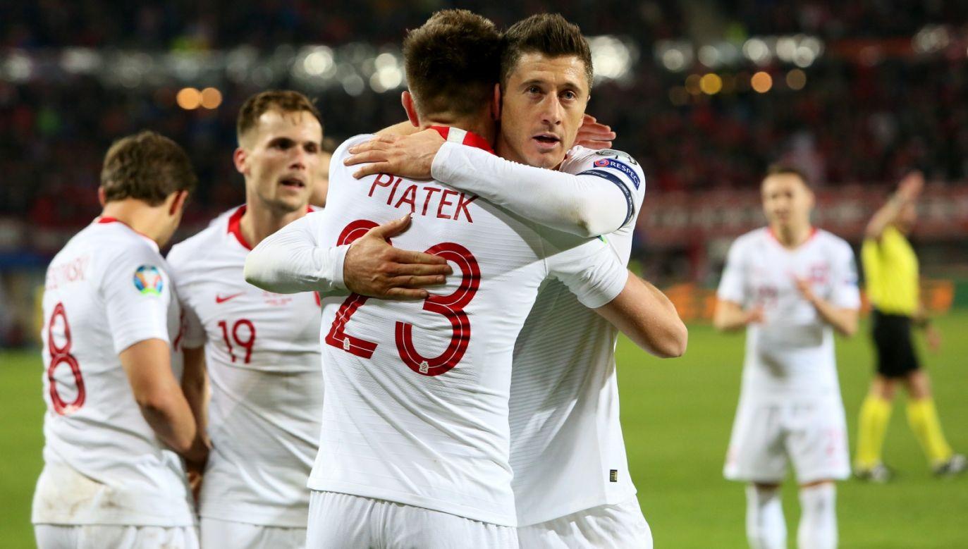 Robert Lewandowski i Krzysztof Piątek świetnie współpracowali w czwartkowym meczu (fot. PAP/Leszek Szymański)