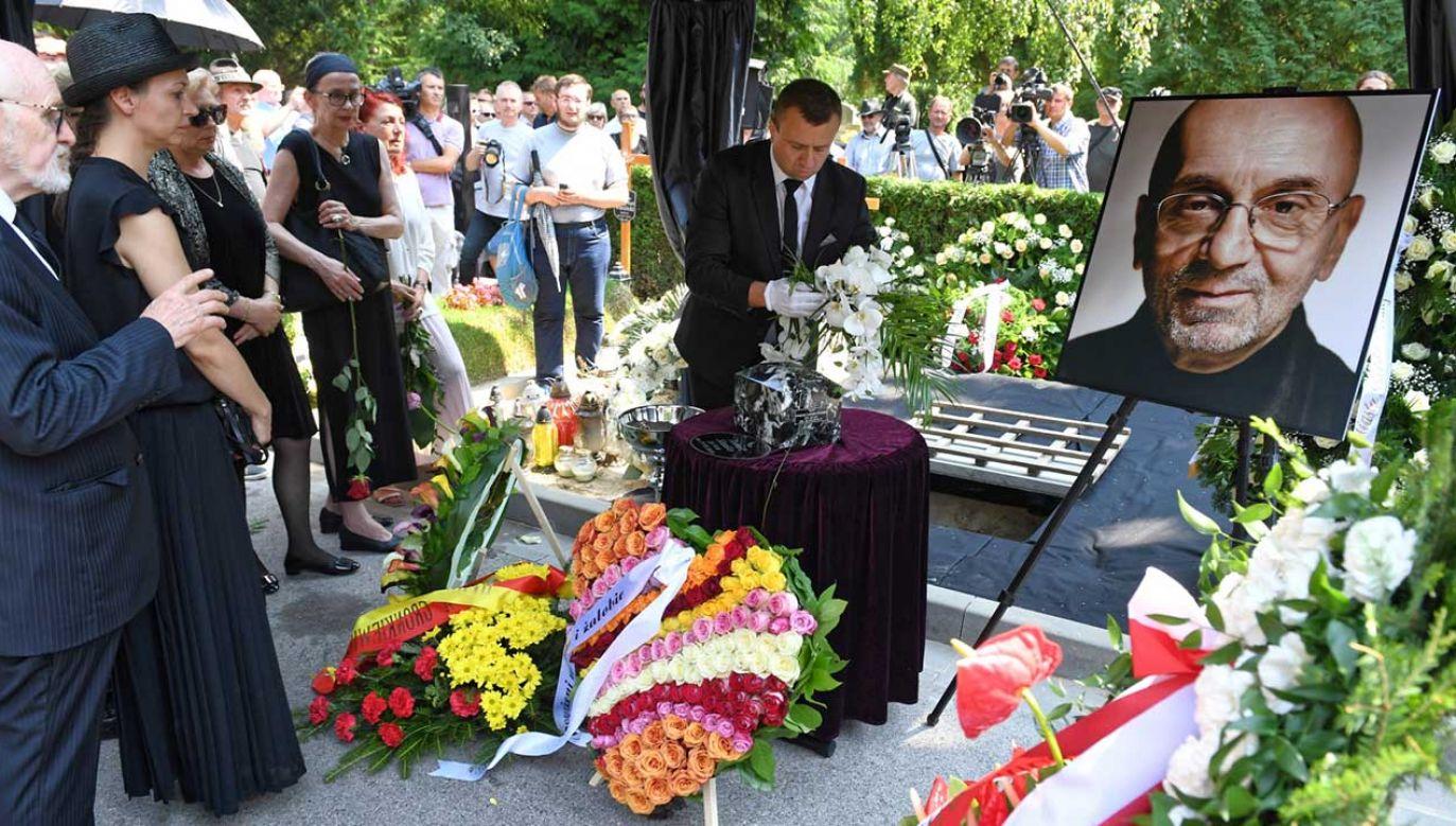 Uroczystości pogrzebowe Tomasza Stańki na Wojskowych Powązkach w Warszawie (fot. PAP/Radek Pietruszka)