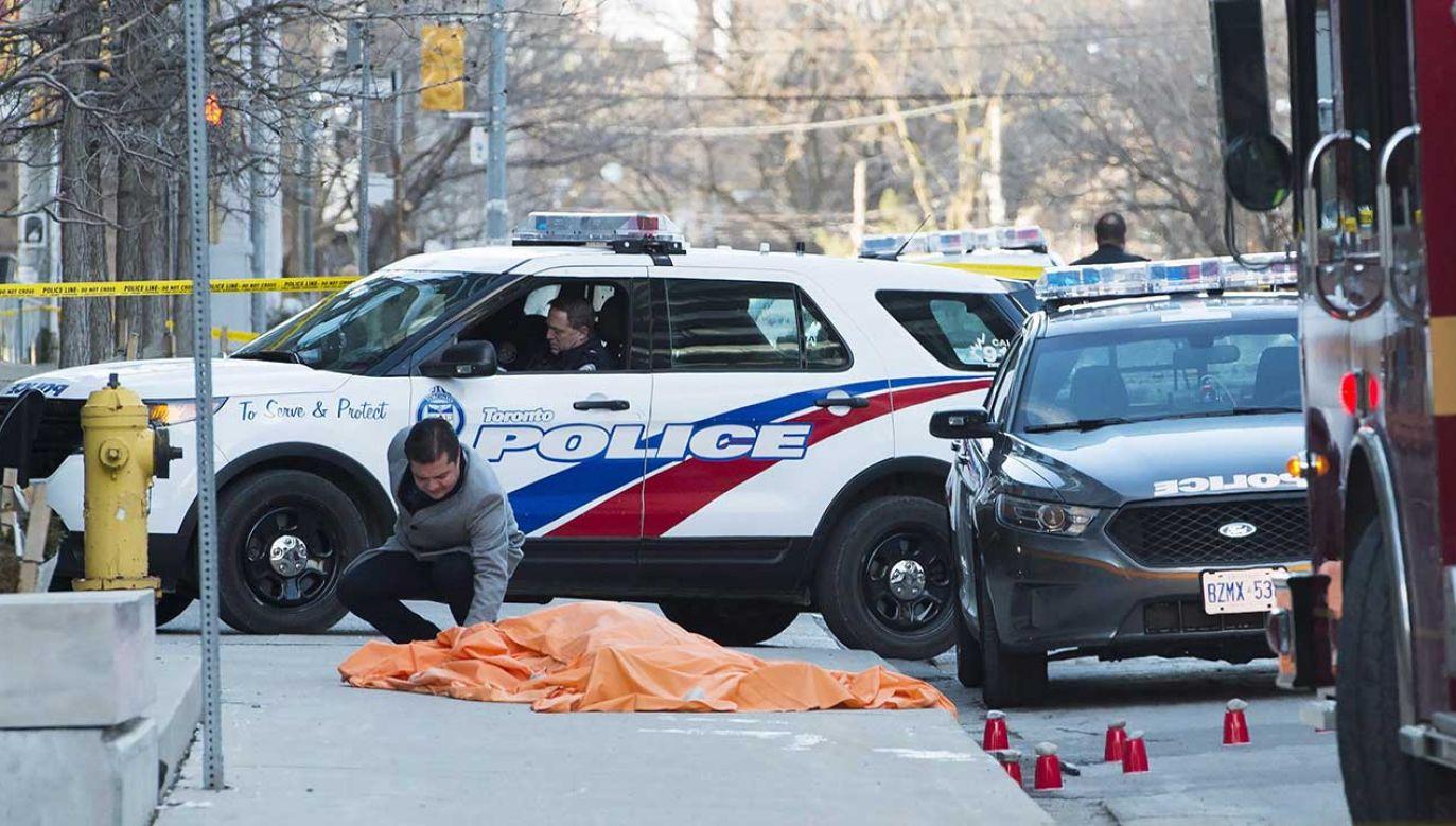 W centrum miasta wzmocniono patrole policyjne (fot. Canadian Press/Shutterstock)