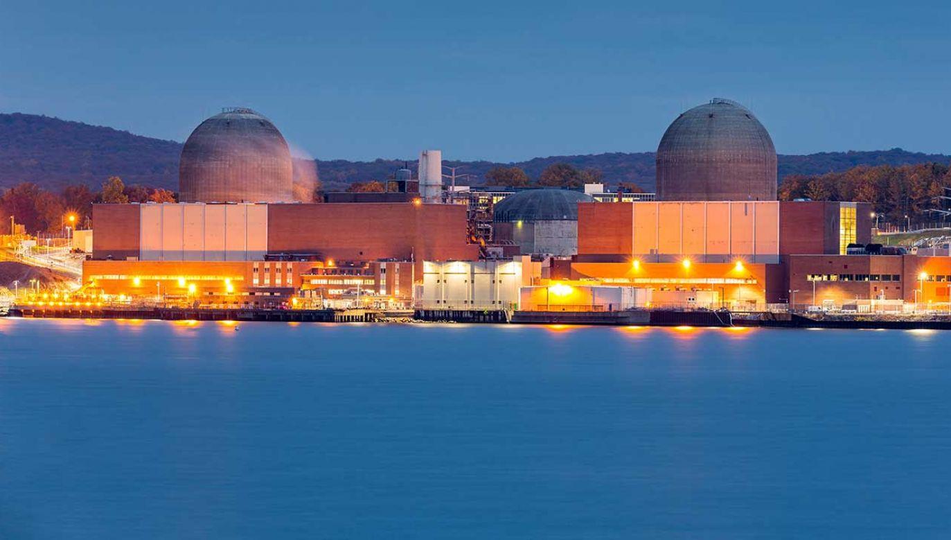 Elektrownia jądrowa na rzece Hudson (fot. Shutterstock/mandritoiu)