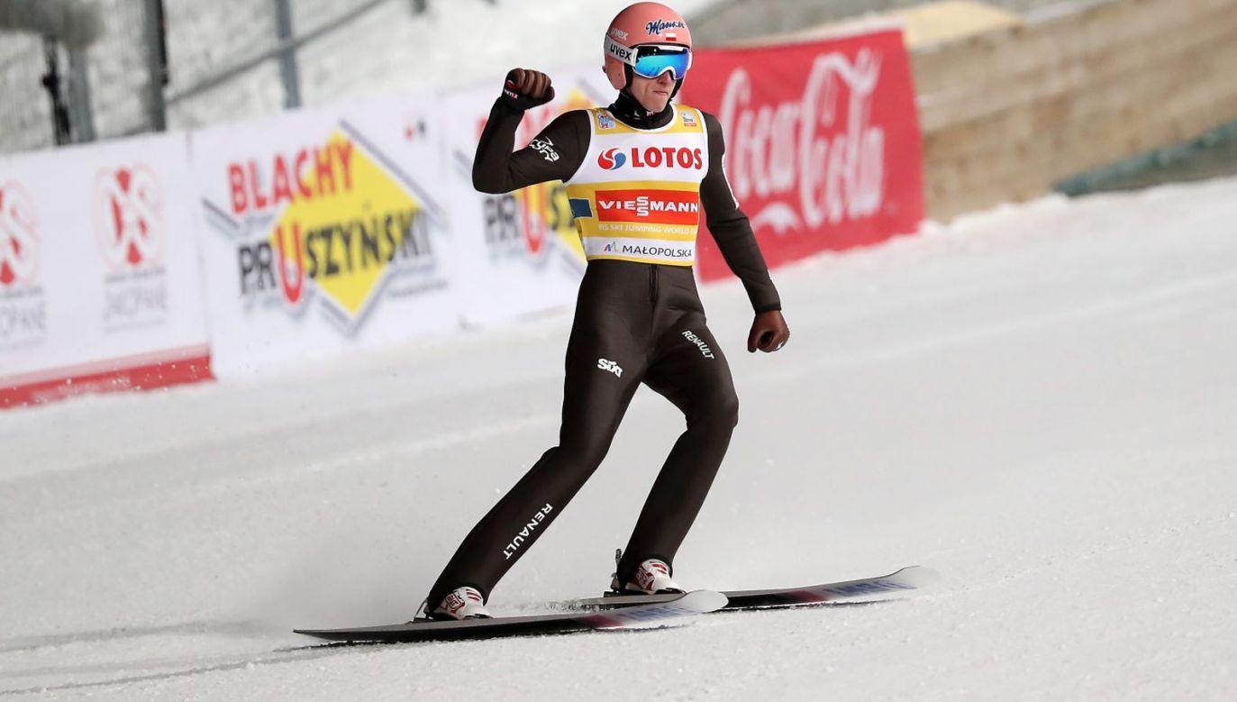 Dawid Kubackim zapewnił Polakom podium w zawodach drużynowych (fot. PAP)