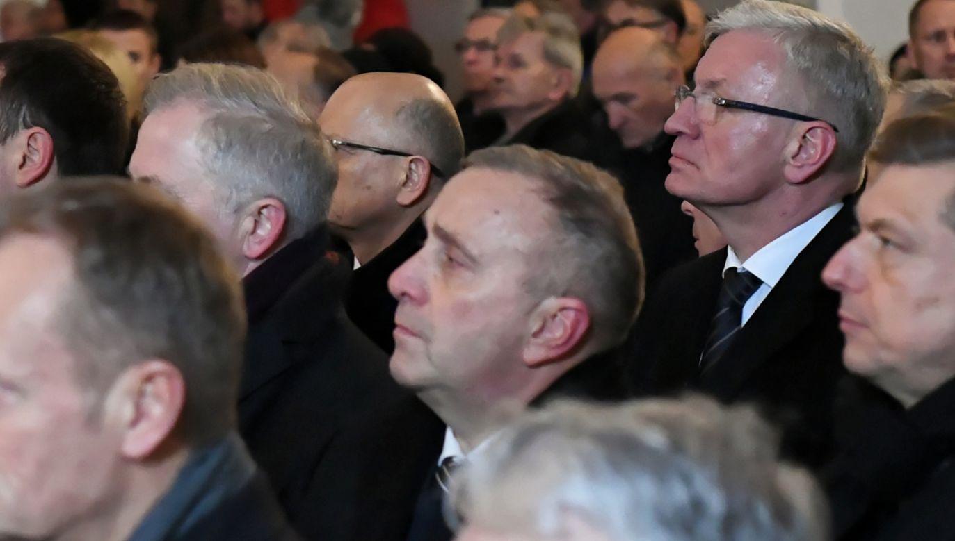 O. Wiśniewski apelował by nie oskarżać bezpodstawnie. Zdaniem Schetyny to słowa skierowane do winnych śmierci Adamowicza (fot. PAP/Adam Warżawa)