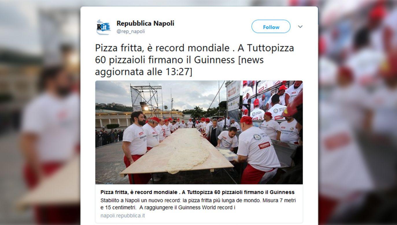 Gigantyczna pizza powstała w Neapolu (fot. tt/ Repubblica Napoli)