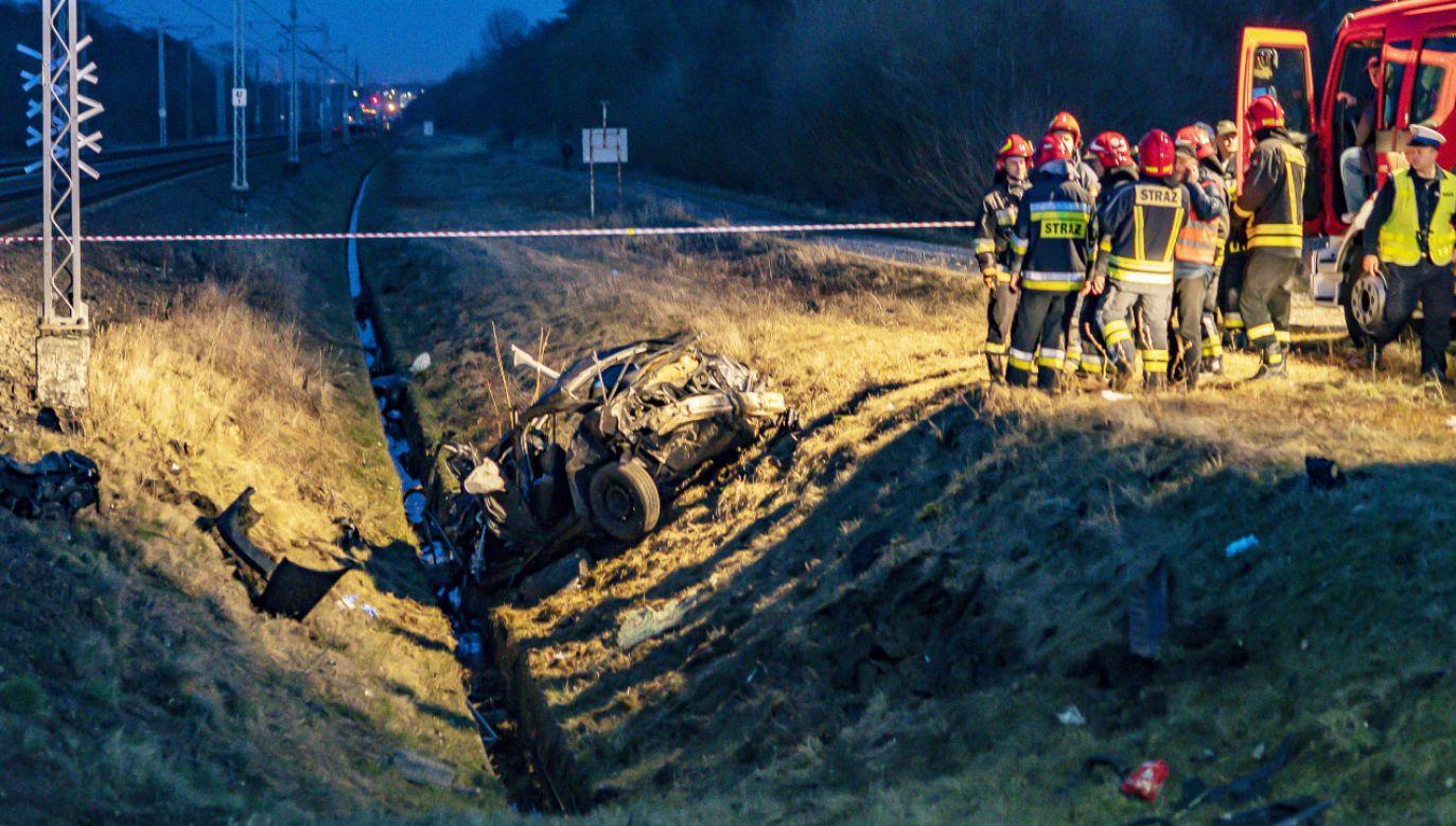 Policjanci podkreślają, że 98% wypadków na przejazdach kolejowo-drogowych spowodowanych jest nieostrożnością kierowców (fot. Janusz Mazurek/Życie Siedleckie)