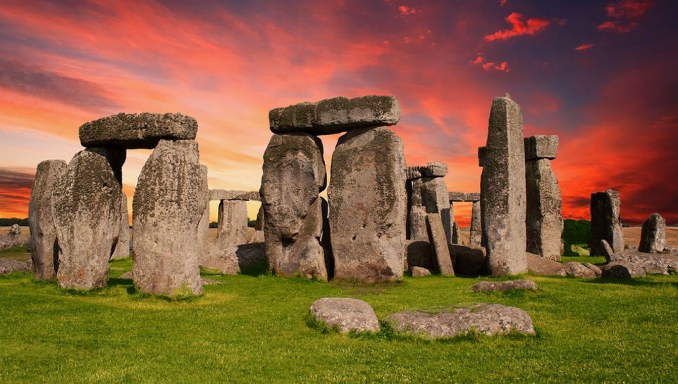 Budowniczy Stonehenge ściągali budulec z kamieniołomu odległego o niemal 300 km (fot. Pixabay/TheDigitalArtist)