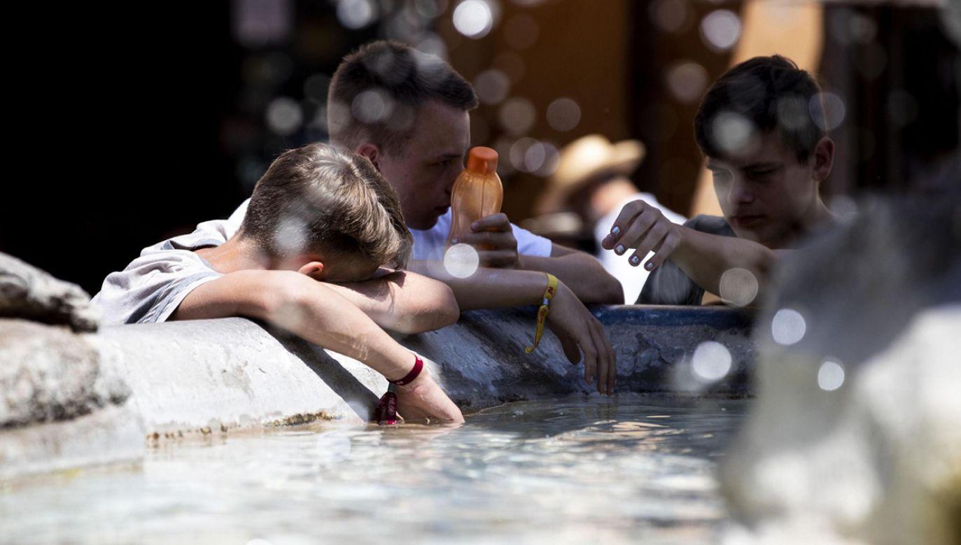 Wraz z globalnym ociepleniem ma także wzrastać skala konfliktów i przemocy (fot. PAP/EPA/Massimo Percossi)