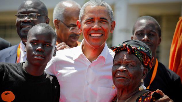 Barack Obama spotkał się z dalekimi kuzynami (fot. PAP/EPA/DAI KUROKAWA)