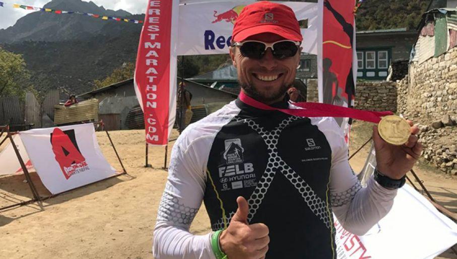 nepal piotr hercog wygra� maraton na mount evereście