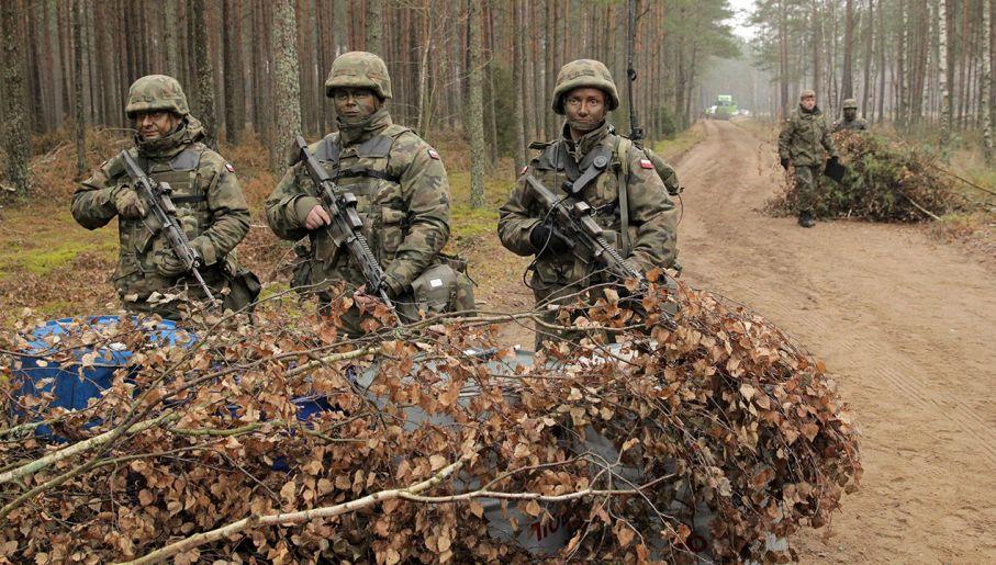 Maskpol dostarczy 148 tys. mundurów dla wojska