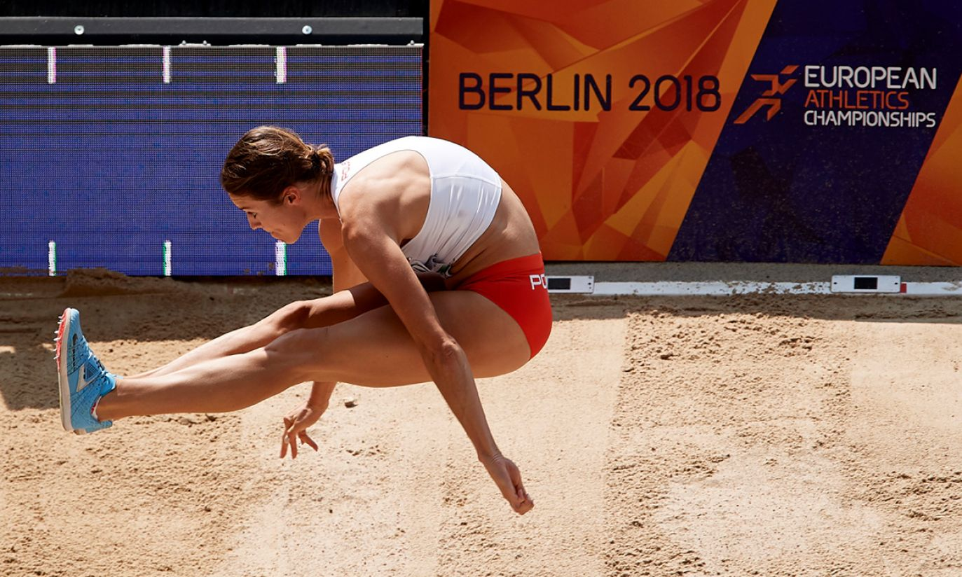 Anna Jagaciak-Michalska w kwalifikacjach trójskoku (fot. PAP/Adam Warżawa)