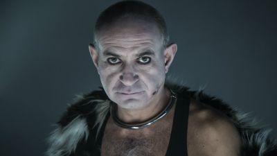 Aktor Nestor (Krzysztof Dracz)
