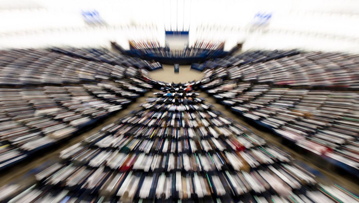 PiS, jako pierwsza partia zdradził nazwiska liderów list wyborczych do PE (fot. PAP/EPA/PATRICK SEEGER)