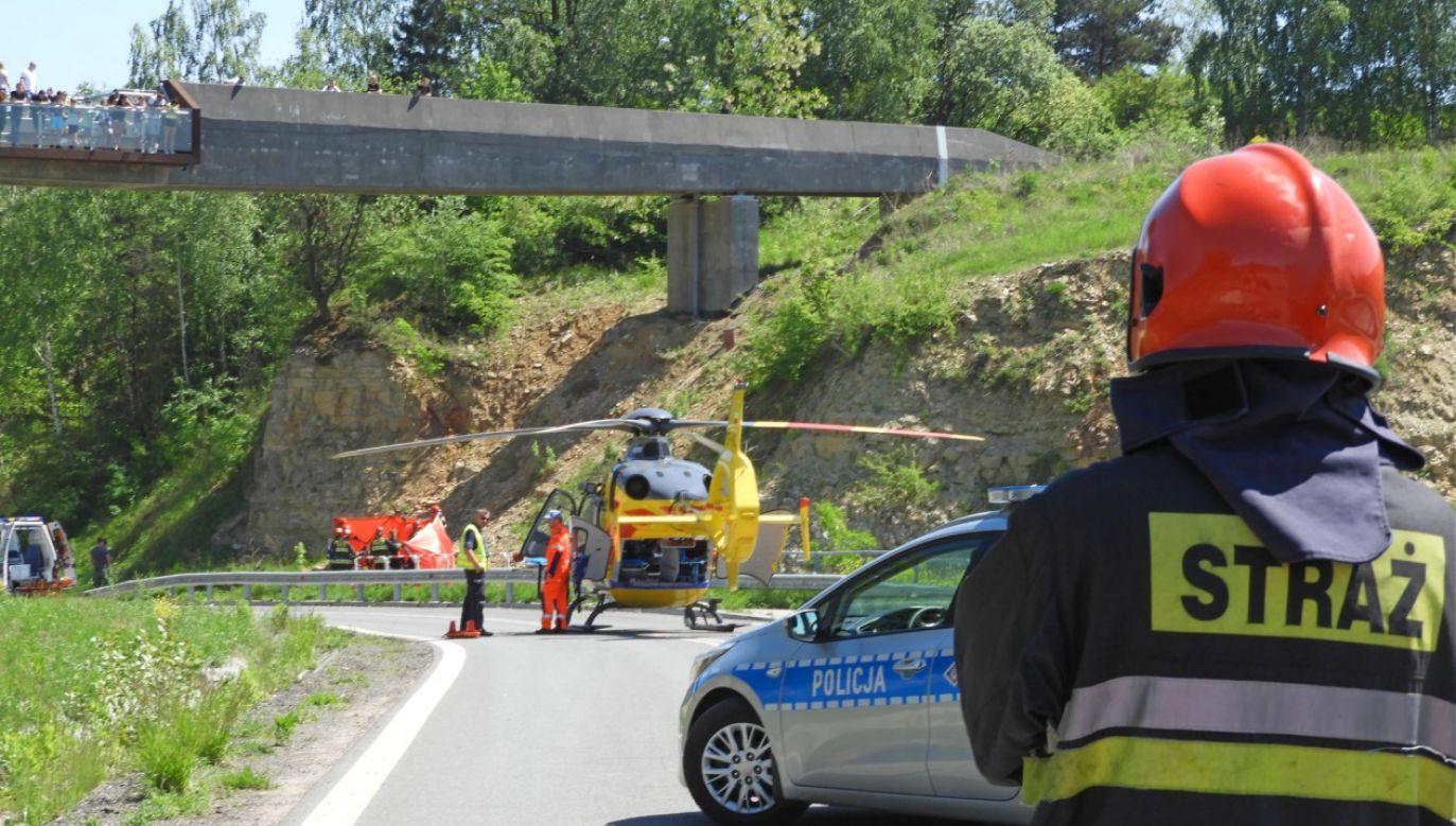 Na miejsce wypadku wezwano śmigłowiec LPR ( fot.  Fotografia Ratownicza Bartlomiej Lesiak)