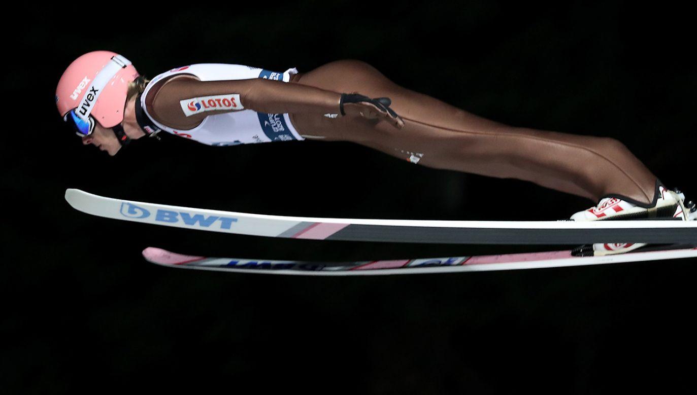 Polak Dawid Kubacki podczas kwalifikacji do konkursu indywidualnego zawodów Pucharu Świata w skokach narciarskich (fot. PAP/Grzegorz Momot)