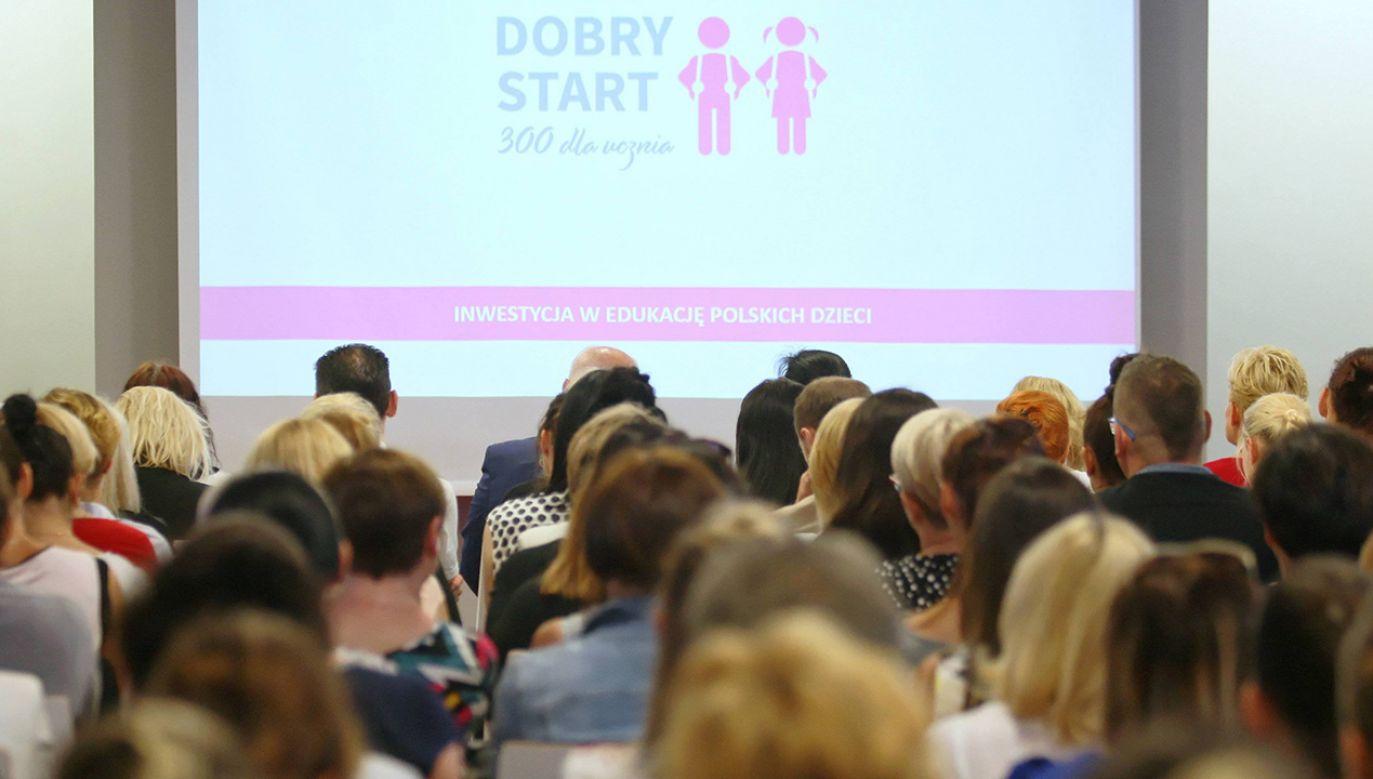 Świadczenie przeznaczone na wyprawkę szkolną trafiło w sumie do 4,4 miliona uczniów (fot. arch. PAP/Lech Muszyński)