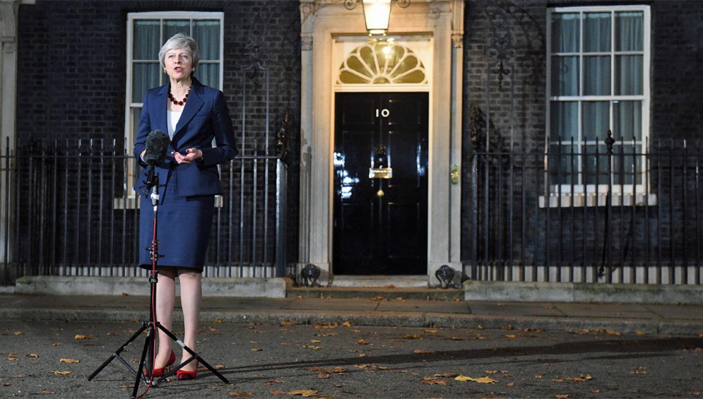 Theresa May przyznała, że decyzje ws. brexitu nie były rzeczą prostą (fot. PAP/EPA/ANDY RAIN)