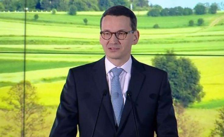 """""""Sołtys jak szeryf"""". Premier spotkał się z lokalnymi liderami"""
