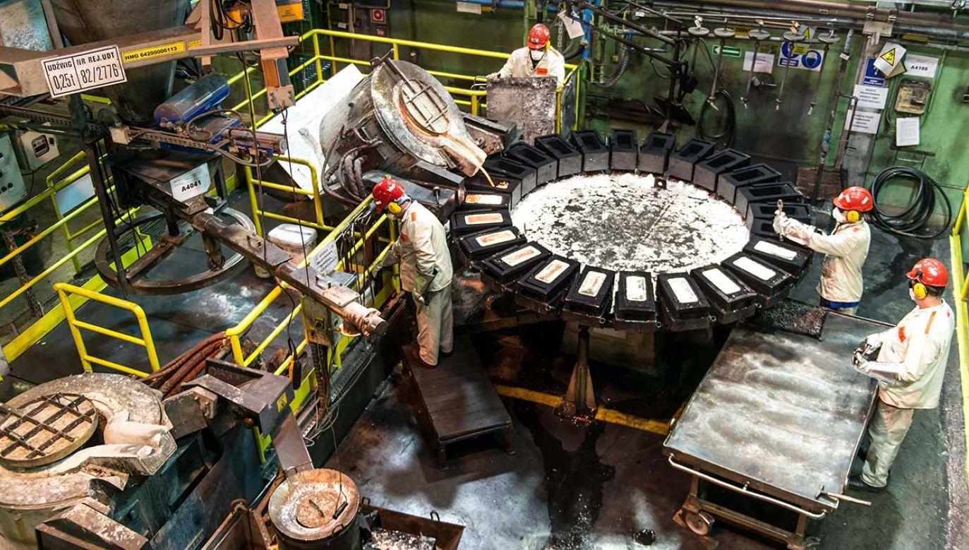 Dynamika produkcji przemysłowej lepsza niż w styczniu – wynika z unijnych statystyk (fot. arch. PAP/Maciej Kulczyński)