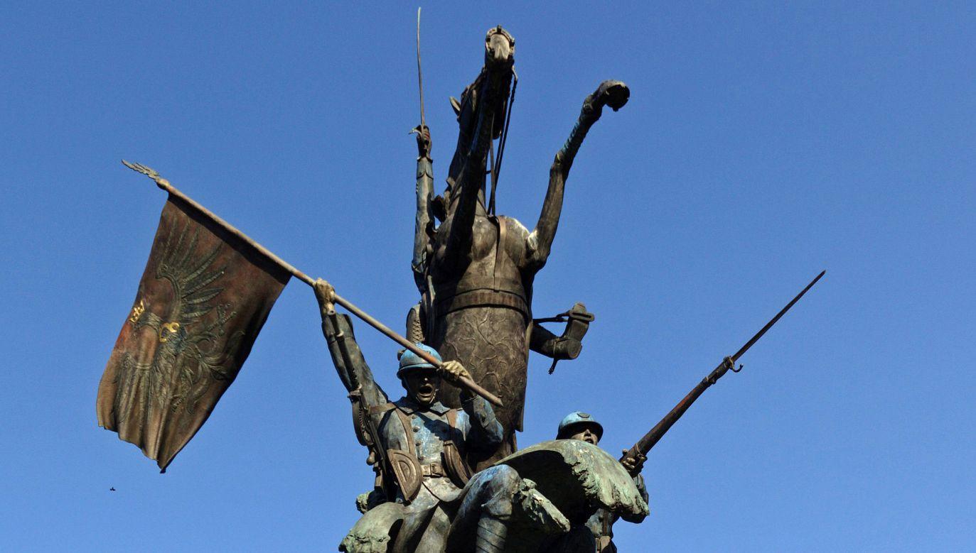 Pomnik Czynu Zbrojnego Polonii Amerykańskiej na warszawskim Żoliborzu  (fot. mpan/Wikimedia Commons)
