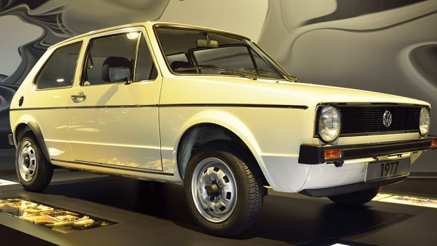 Auto było niesprawne i nie miało przeglądu (fot. Shutterstock/Alizada Studios)
