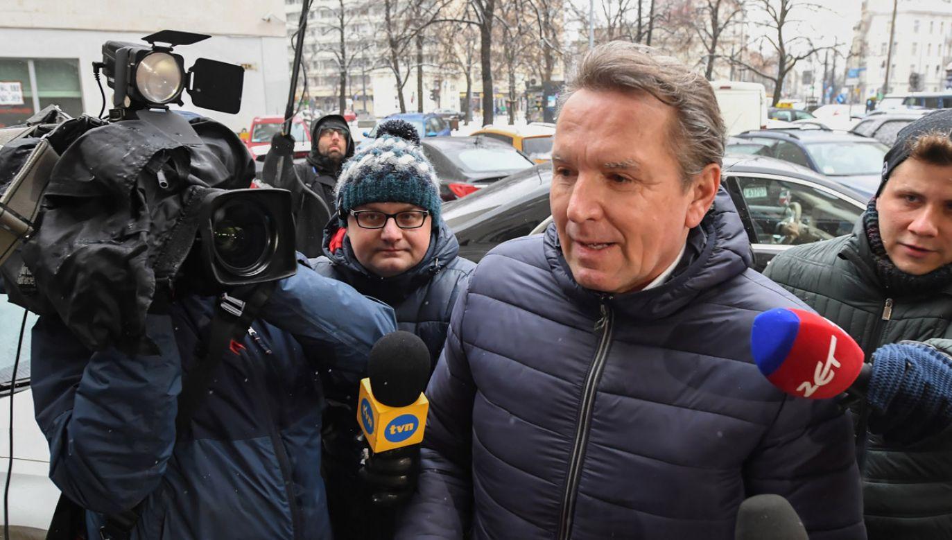 Gerald Birgfellner w drodze na przesłuchanie (fot. arch. PAP/ Piotr Nowak)