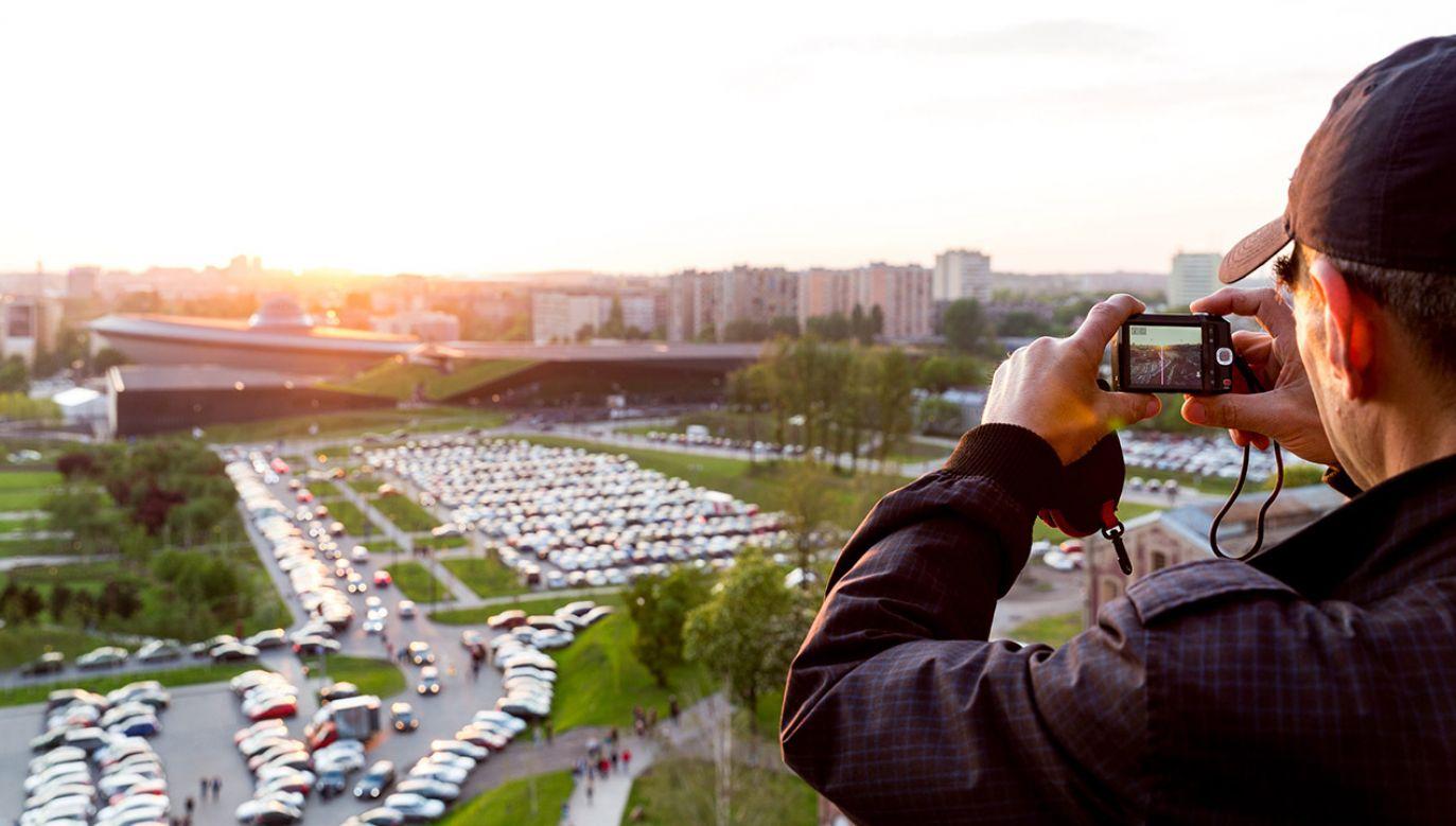 """""""Jest propozycja, by OECD zrobiło w Polsce badania, które pokazywałyby, jak łączyć politykę rozwoju miast z polityką rozwoju wsi"""" (fot. arch. PAP/Andrzej Grygiel)"""