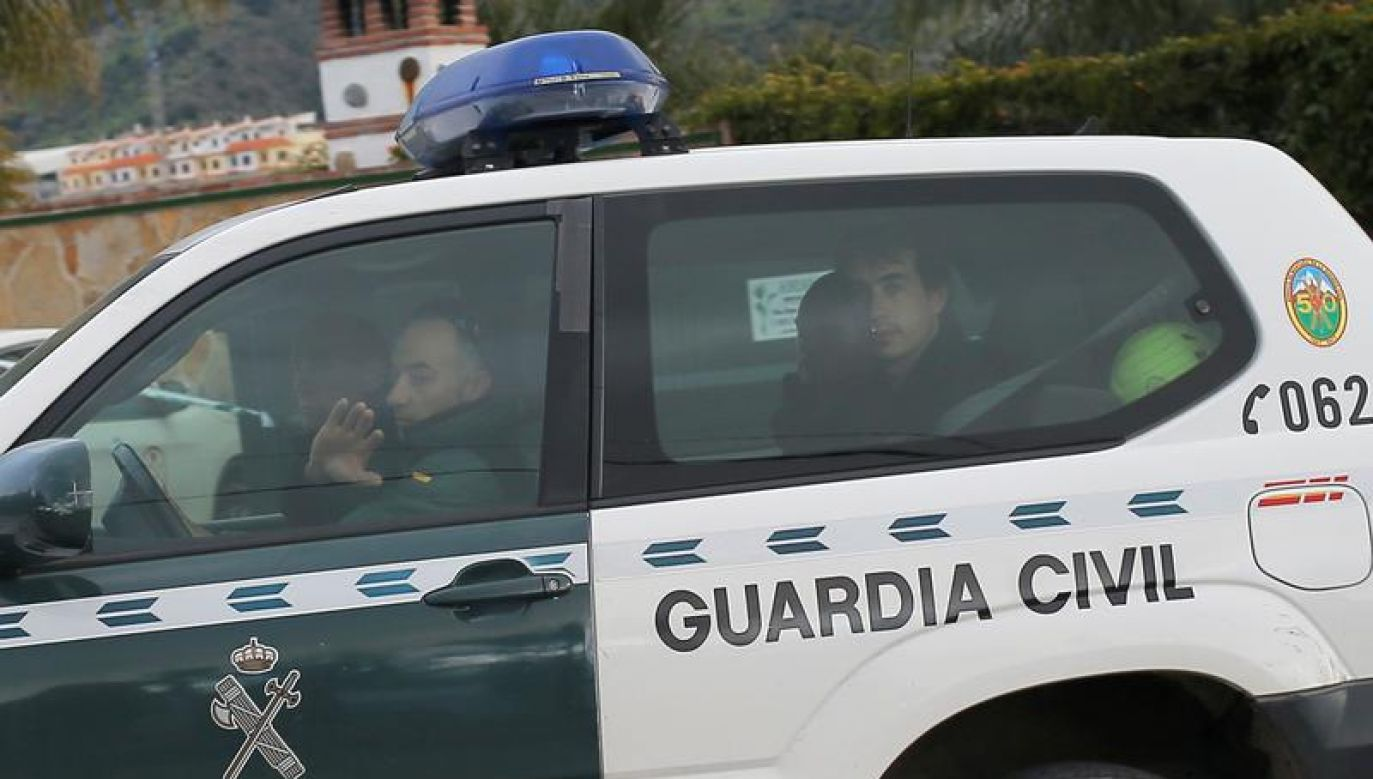 Zwiększona została liczba policjantów i żandarmów chroniących wydarzenia o charakterze religijnym(fot. REUTERS/Jon Nazca)