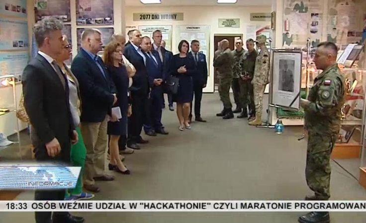 Parlamentarzyści w wojsku. Obiecują wspierać rozbudowę Centrum