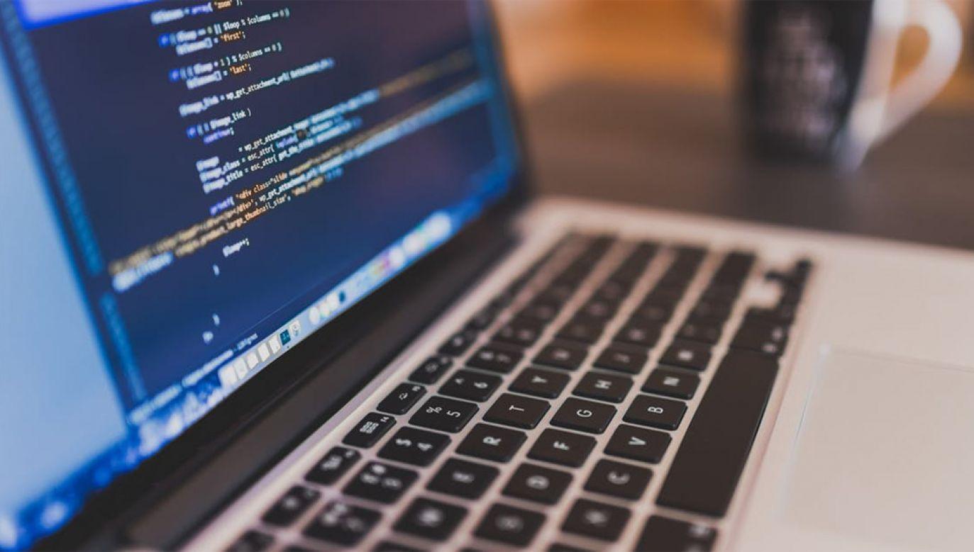 Kliknięcie w link może spowodować zainfekowanie komputera złośliwym oprogramowaniem (fot. Pexels)
