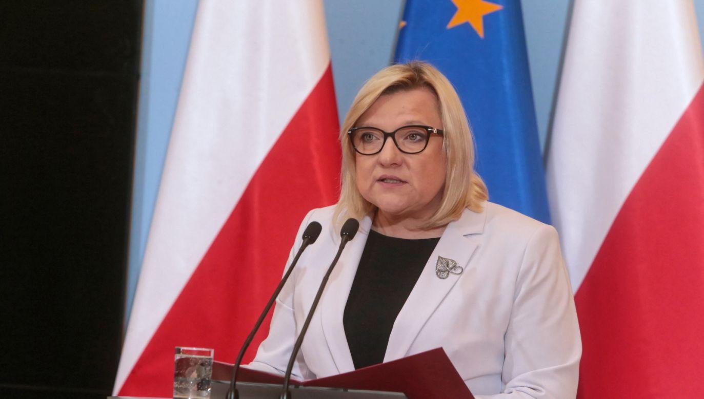 Beata Kempa powiedział, że w skład komisji powinni wejść eksperci (fot. PAP/Andrzej Lange)