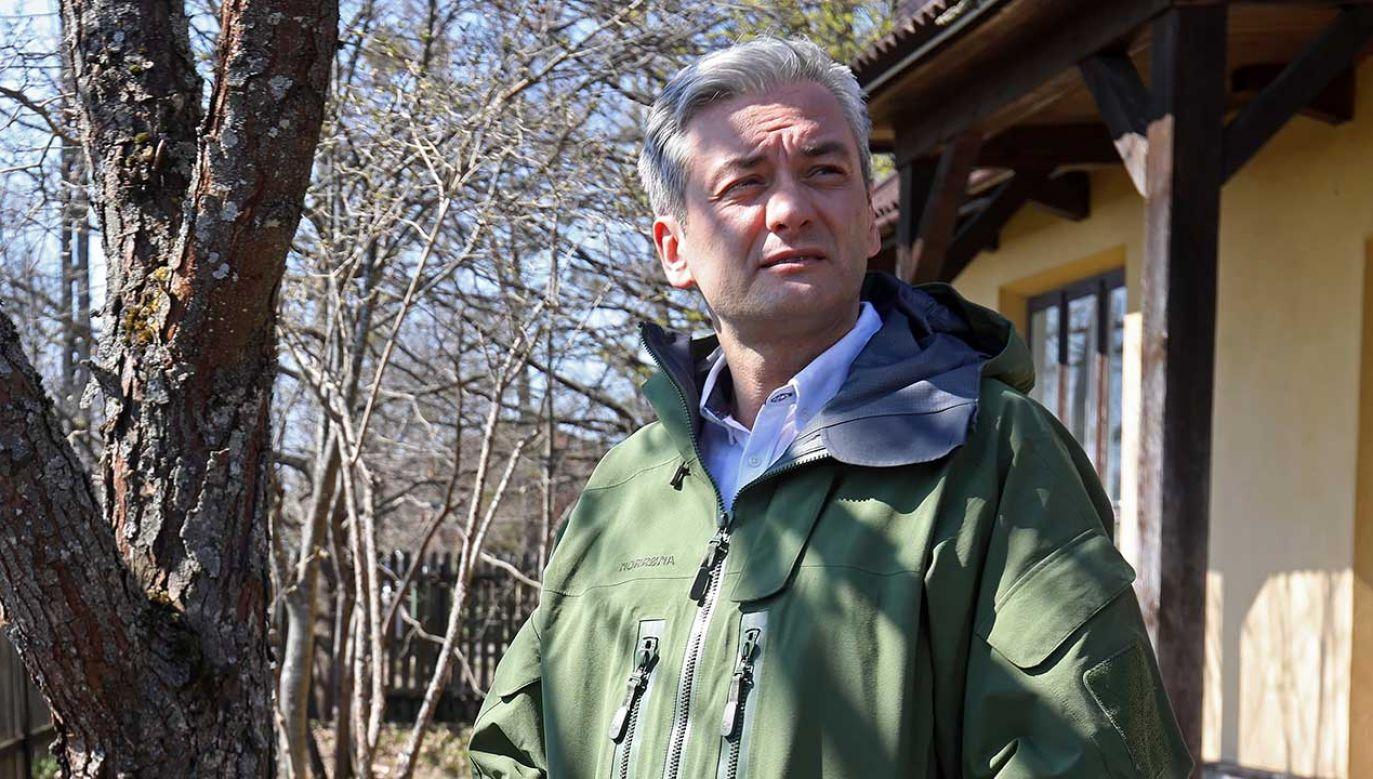 Zdaniem lidera partii Wiosna w celu zagwarantowania podwyżek nauczycielom należy zrezygnować m.in. z planów budowy CPK (fot.  PAP/Artur Reszko)