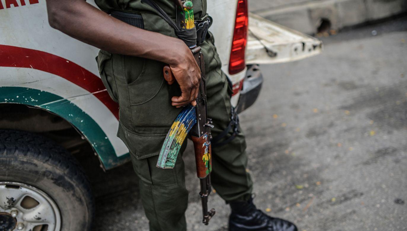Bojownicy przebrali się w mundury nigeryjskiej armii (fot. Mohammed Elshamy/Anadolu Agency/Getty Images)