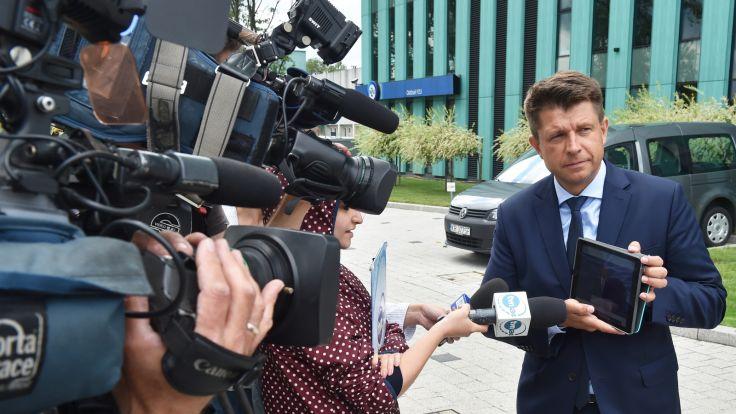 Przewodniczący Nowoczesnej Ryszard Petru podczas konferencji prasowej w Krakowie, fot. PAP/Jacek Bednarczyk