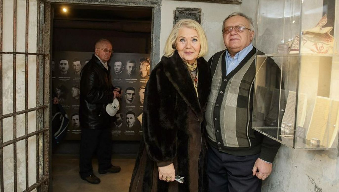 Magdalena Zarzycka-Radwan (L) with Tadeusz Piecyek (R), another victim, in Lublin. Photo: PAP/Wojciech Pacewicz