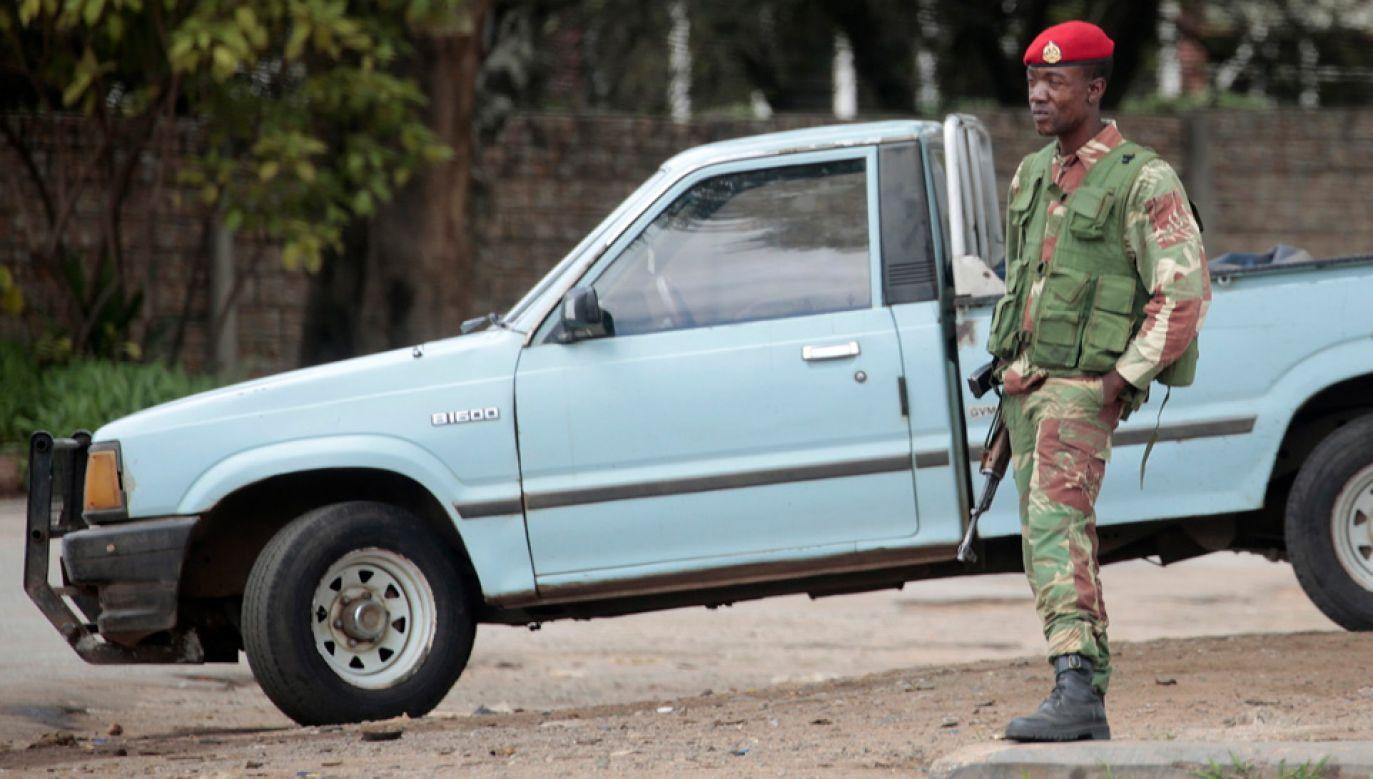Do tłumienia protestów władze wysłały wojsko (fot. PAP/EPA/STF)