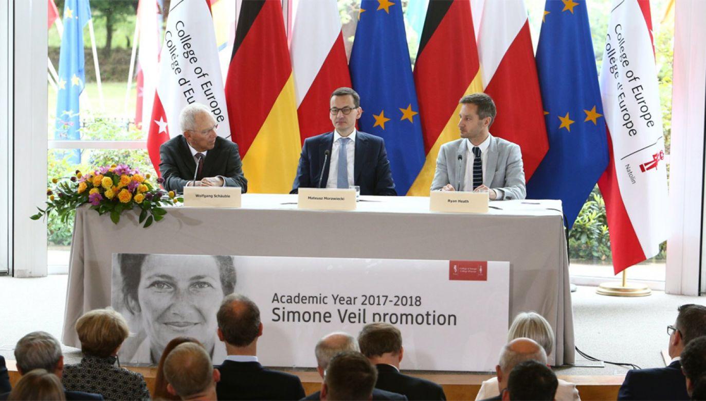 Premier Mateusz Morawiecki z przewodniczącym Bundestagu Wolfgangiem Schäuble podczas debaty nt. przyszłości Europy (fot. TT/KPRM)