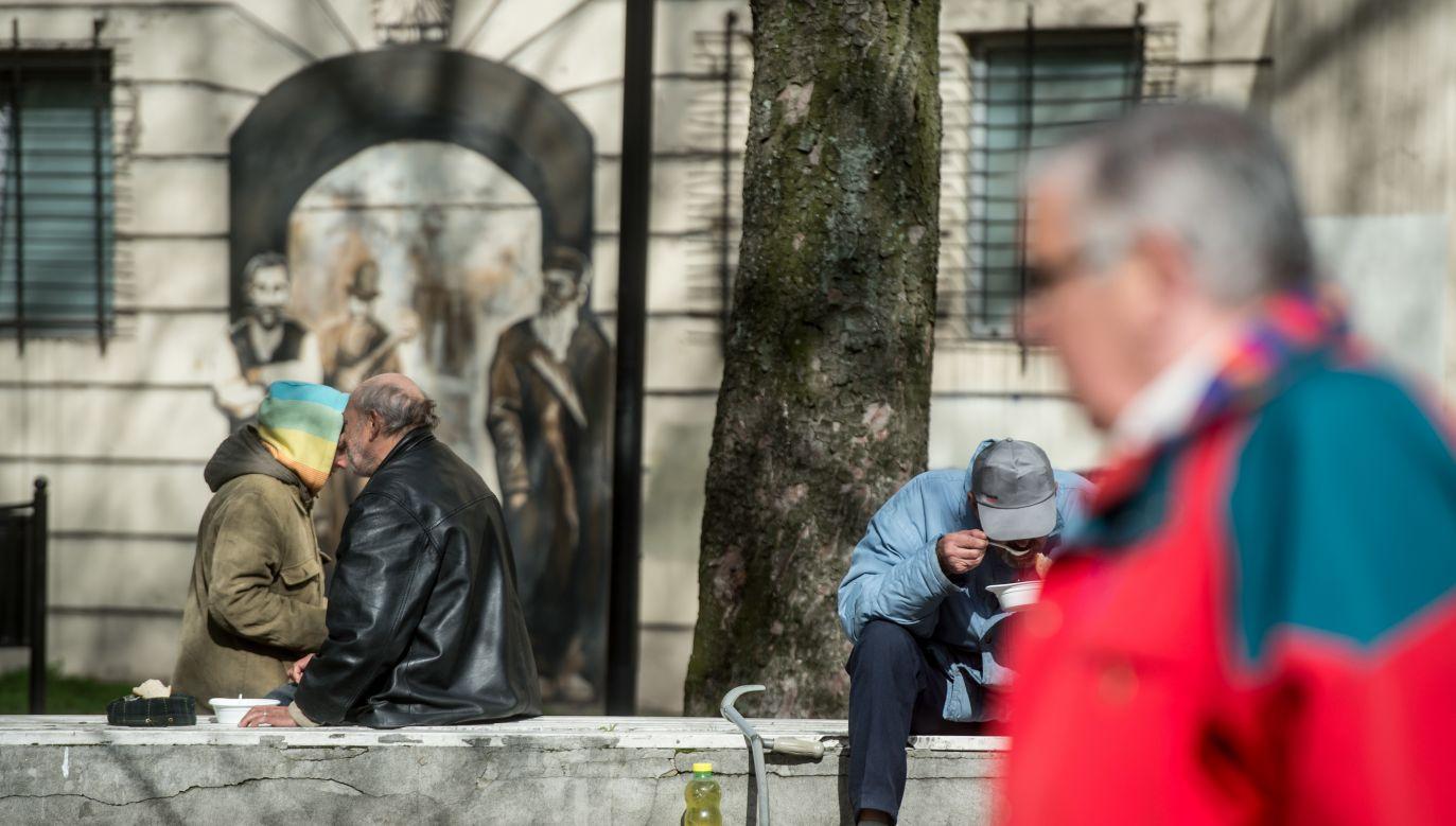 Dzisiaj światowy dzień ubogich (fot. Grzegorz Michałowski/PAP)