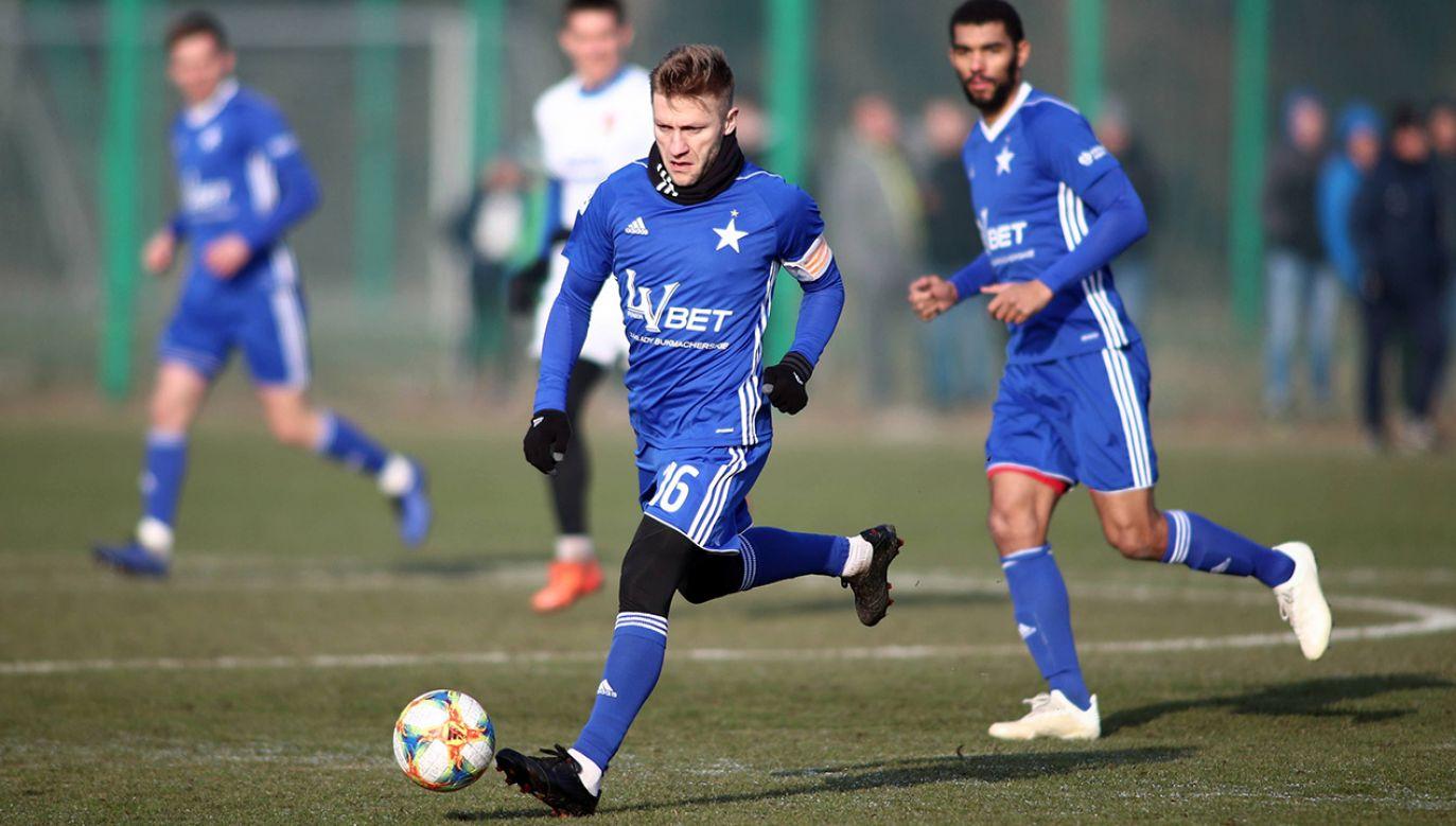 Błaszczykowski w Wiśle będzie pełnił funkcję kapitana i grał z numerem 16 (fot. arch. PAP/Łukasz Gągulski)